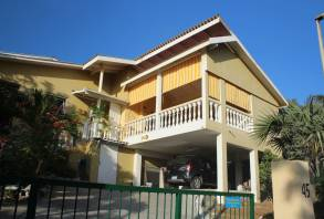 Kashimiri Apartments, Apartment 3